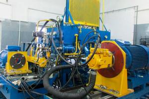 Испытательный стенд по ремонту гидронасосов